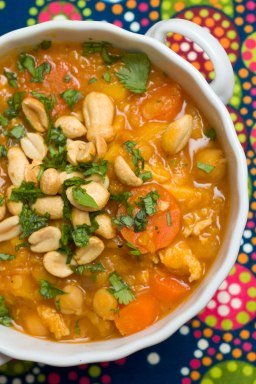 https://uhhnutrition.files.wordpress.com/2014/06/9b08d-lentil-stew-3.jpg