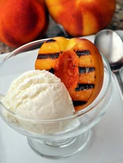 grilled-peach-sundae