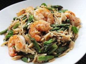 skillet-shrimp-orzo-asparagus