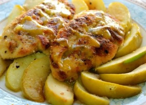 seared-chicken-with-honey-mustard-and-apple-35005843500584