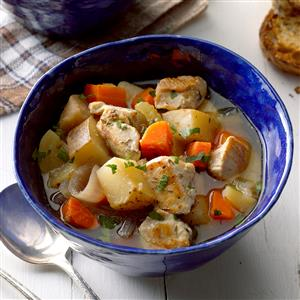 Apple-Chicken-Stew_EXPS_SDAS17_16429_B04_06_3b