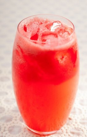 strawberry-grapefruit-cooler
