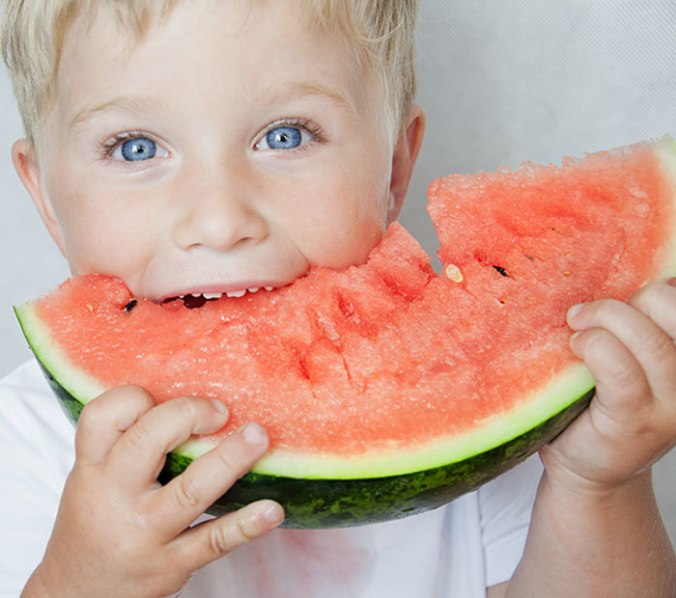 Kid-Eating-Watermelon