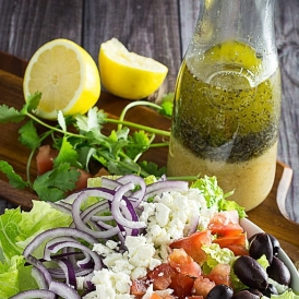 greek-salad-dressing-3.jpg